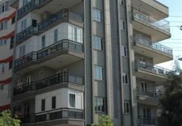 Türk Apartmanı Yapım Yılı : 1999